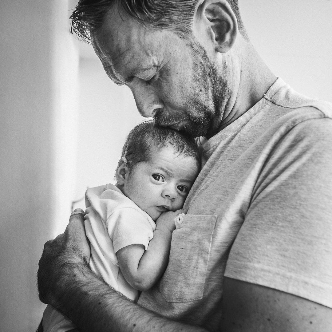 Lara-Father-Baby-Chui-Photography-Cheltenham-3.jpg