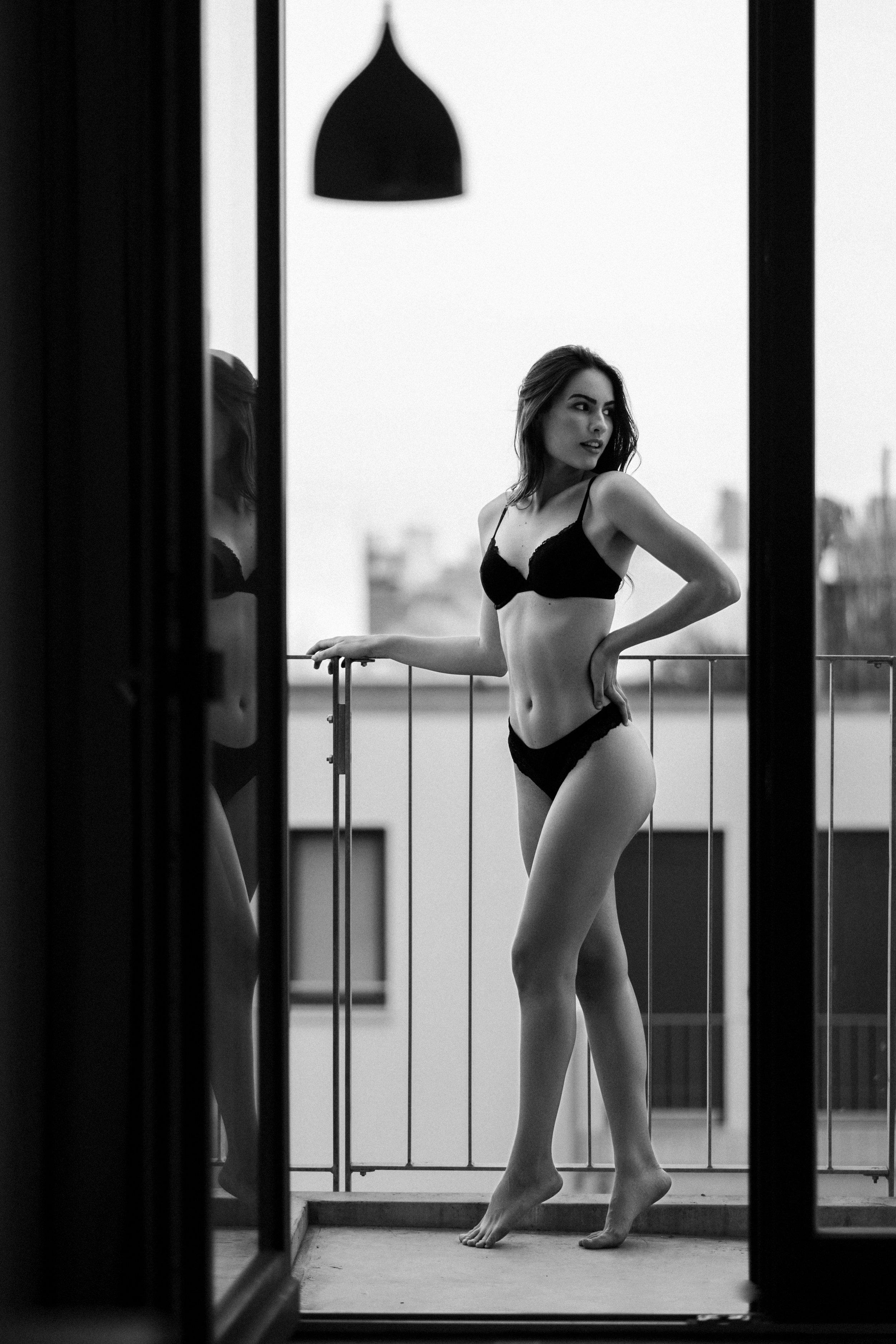 Model: Pricilla Klein @pricillaklein  MUA: Laura Stielow