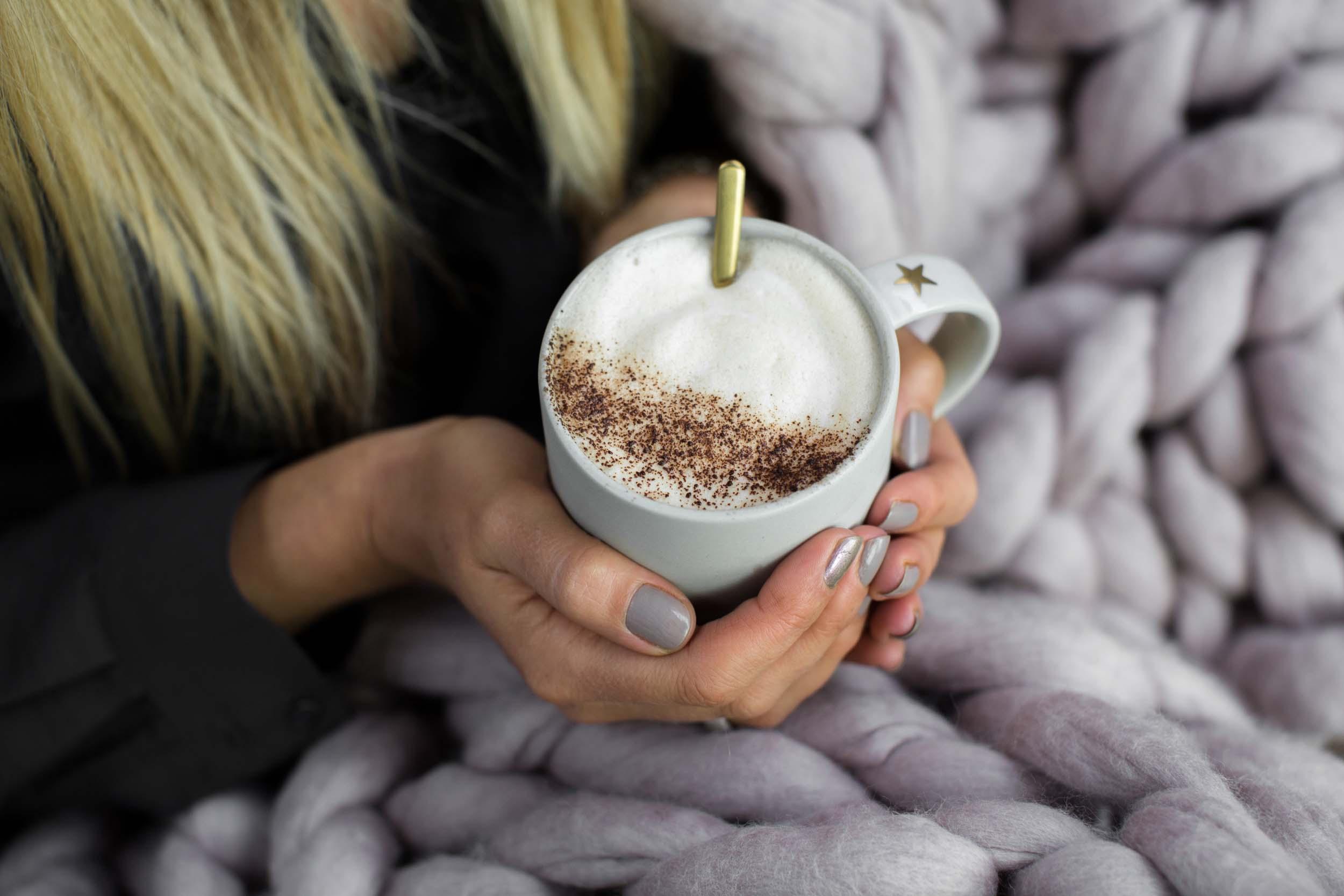 Mugs & cups -