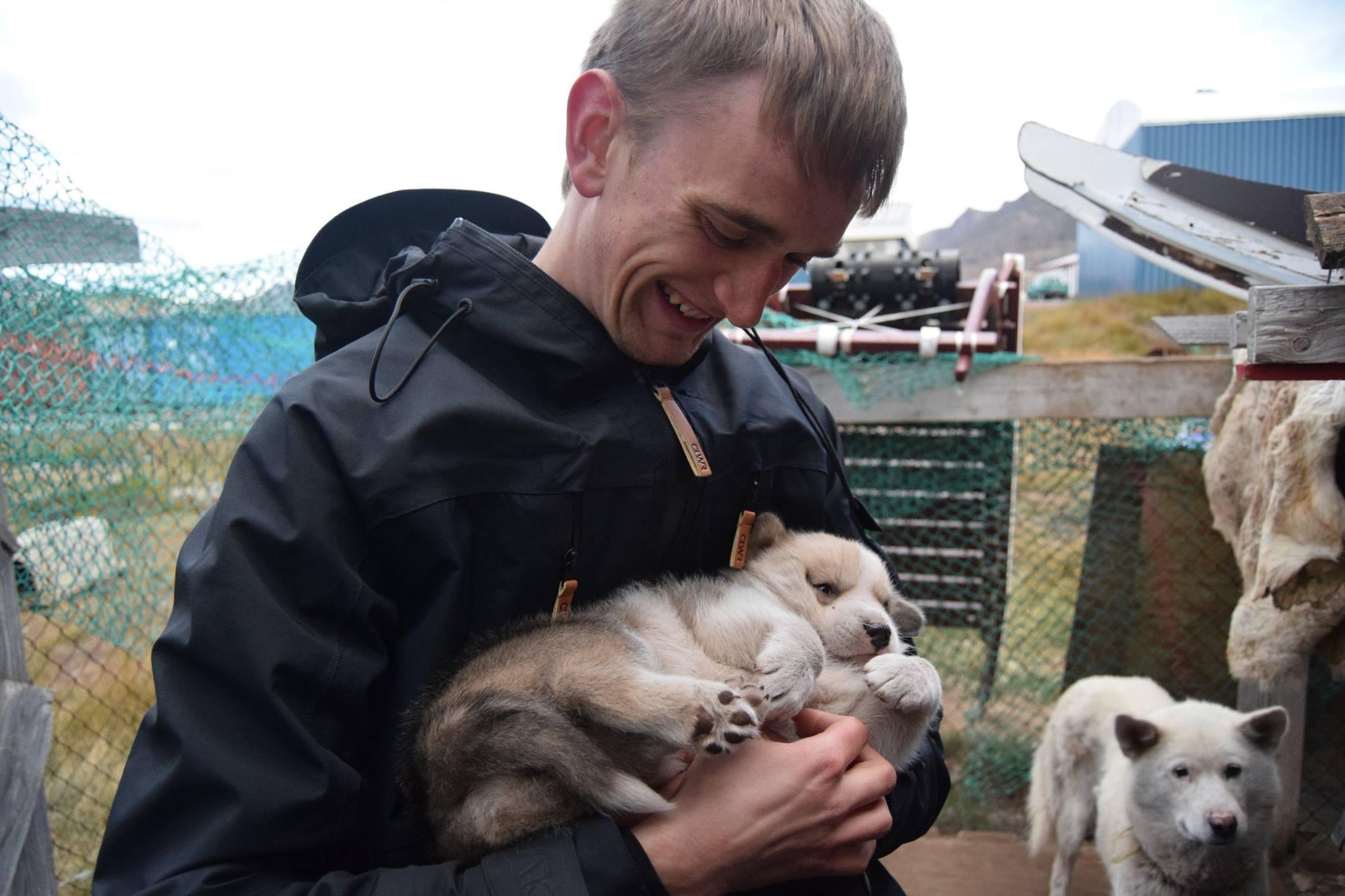 Andreas Manuel Bak - Studerer til arktisk ingeniørKender til det at være ung og dansk i en grønlandsk kulturBosat i København, men har tidligere boet i Nuuk og SisimiutMail: am.bak@live.dk