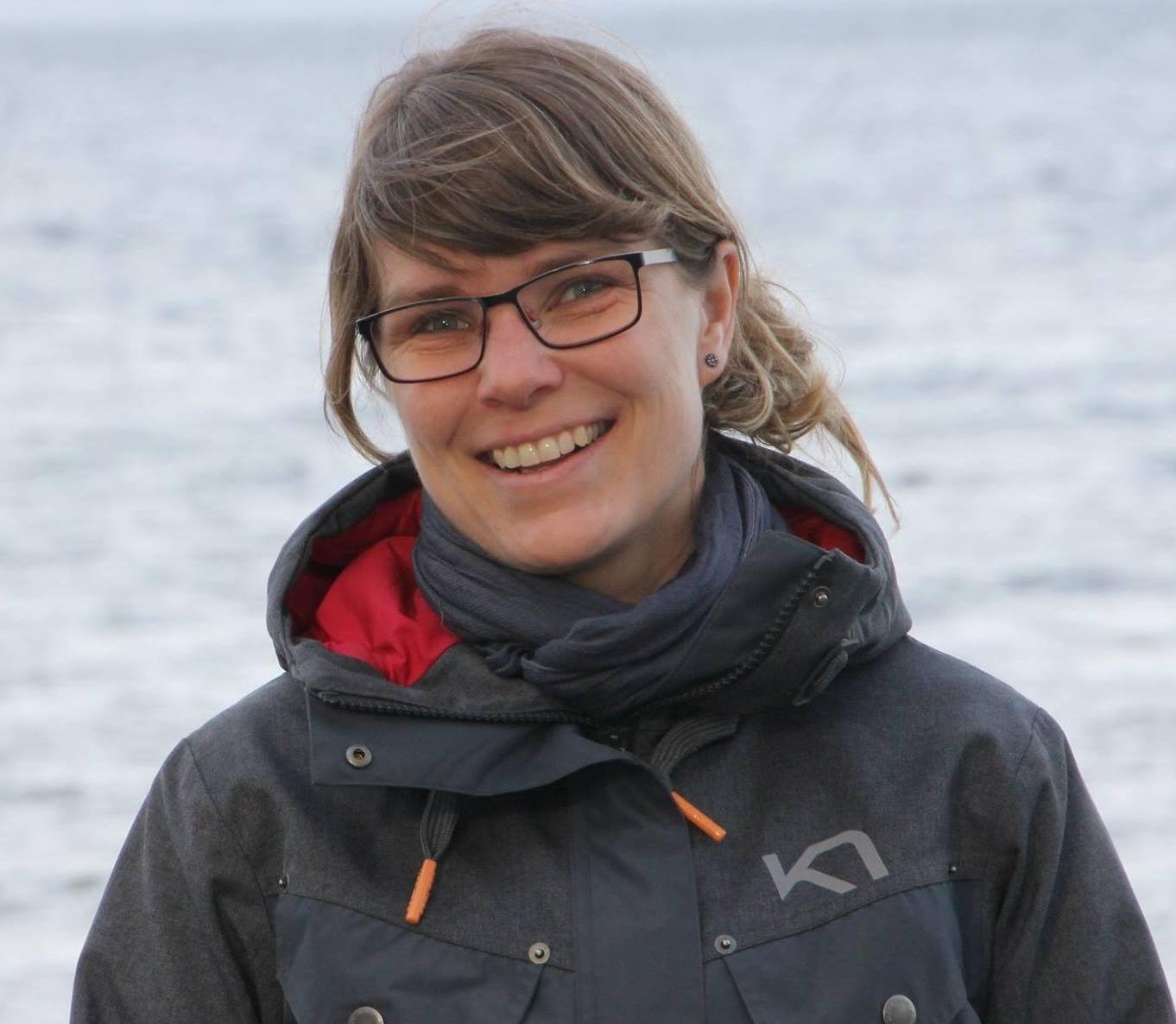 Nanna Schulz Hansen - Ansat ved SømandsmissionenTidligere bestyrer på Sømandshjemmet i SisimiutMedlem af GrønlandsudvalgetBosat i KoldingMail: nsh@somandsmissionen.dk