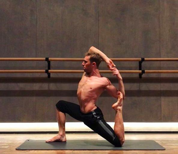 Powerful Vinyasa Yoga Class with Luke - Sunday 14th October @11am£20
