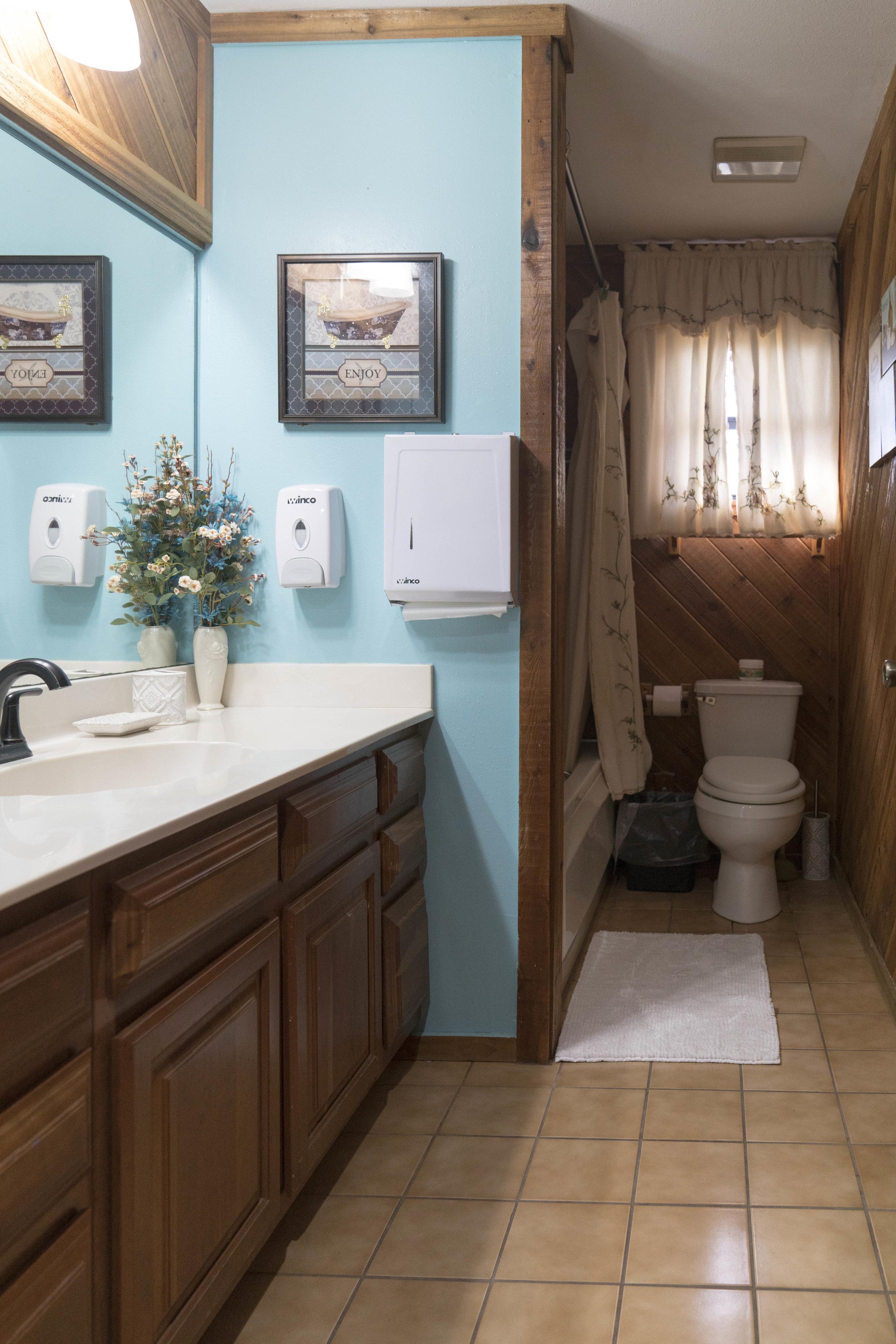 Sweetwater bathroom-9.jpg