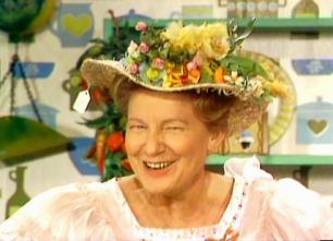 Hee Haw - minnie pearl.png