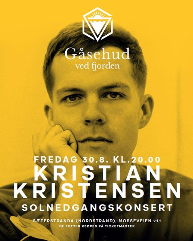 VENNA! Fredag spille æ på Gåsehud Ved Fjorden på Nordstrand 🌅 æ har to billetta som æ gjerne vil gi til en av dokker! Tagg en venn du vil ha med dæ på konsert i kommentarfeltet under ☺️ Håpa vi sees!