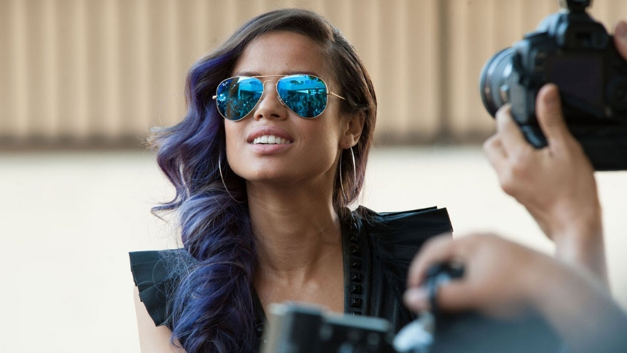 """Beyond the Lights by Gina Prince-Bythewood - """"Both heartbreaking and empowering."""""""