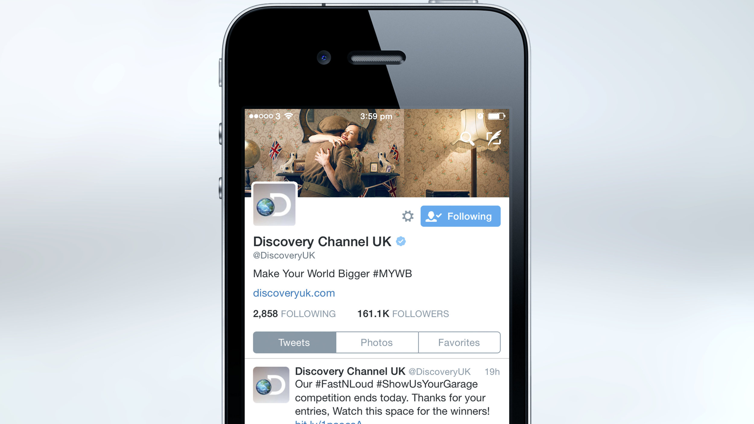 ve-day-discovery-twitter-cover-mock-01-mobile1.jpg