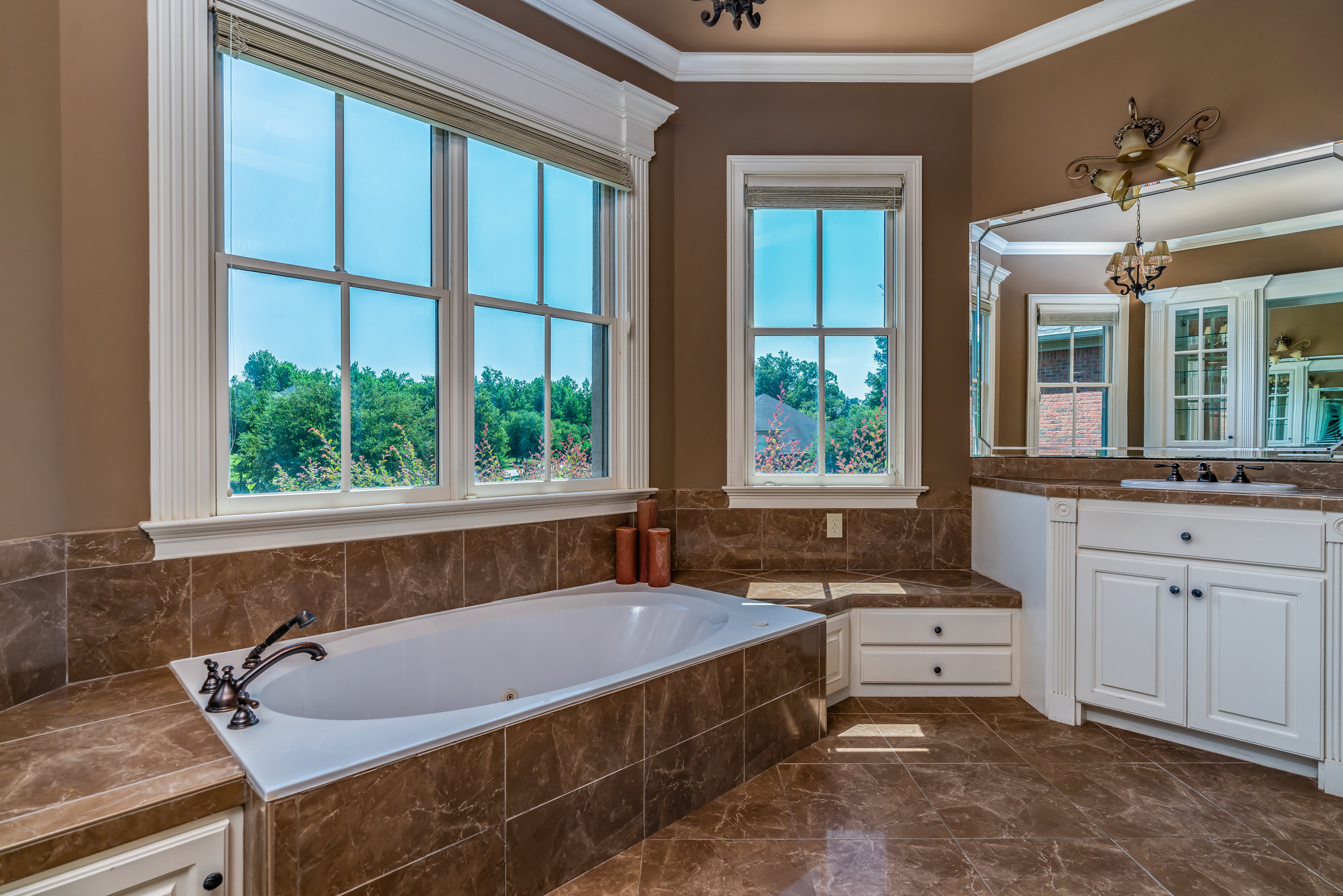 40 Hickory Hollow Court-21.jpg