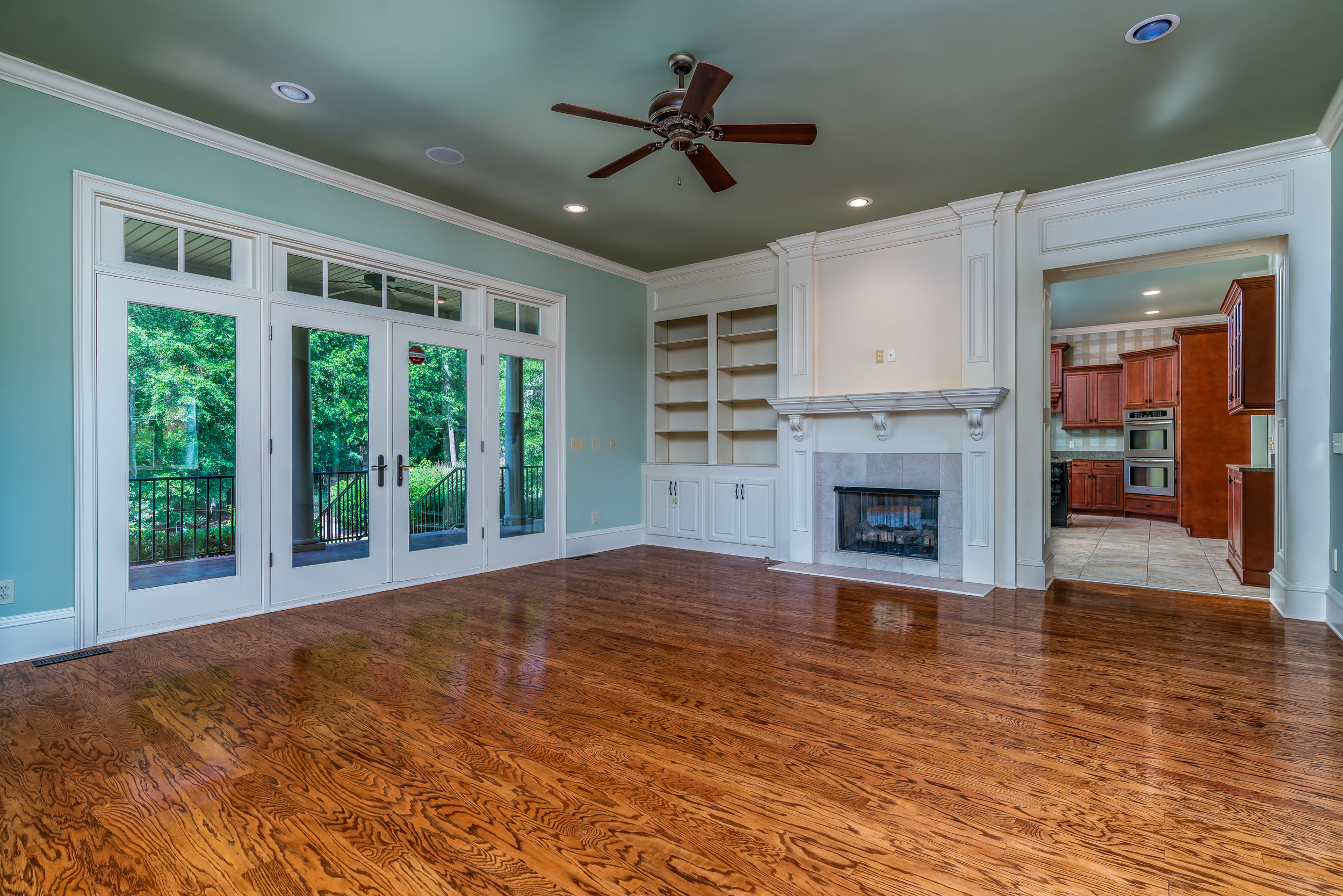 40 Hickory Hollow Court-10.jpg