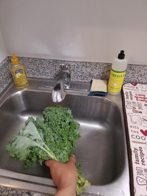 Chef'd Smoky Maple Pork Loin Wash Kale.jpg