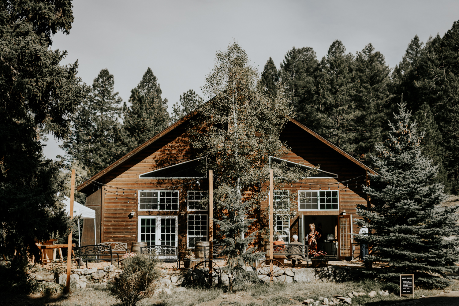 Intimate Fall Mountain Wedding in Meadow Creek, Pine,Colorado