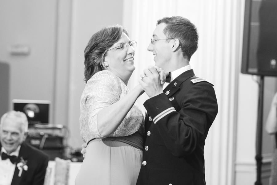 biltmore-ballrooms-wedding-photos0085.jpg