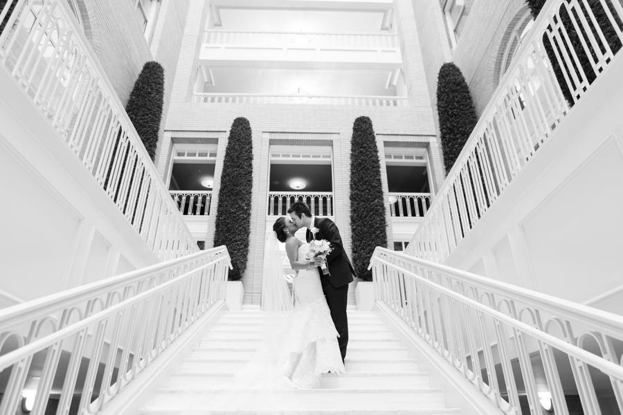 Georgian-Terrace-Wedding-Photos032.jpg