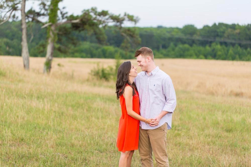 Nash-Farm-Engagement-Photos0005