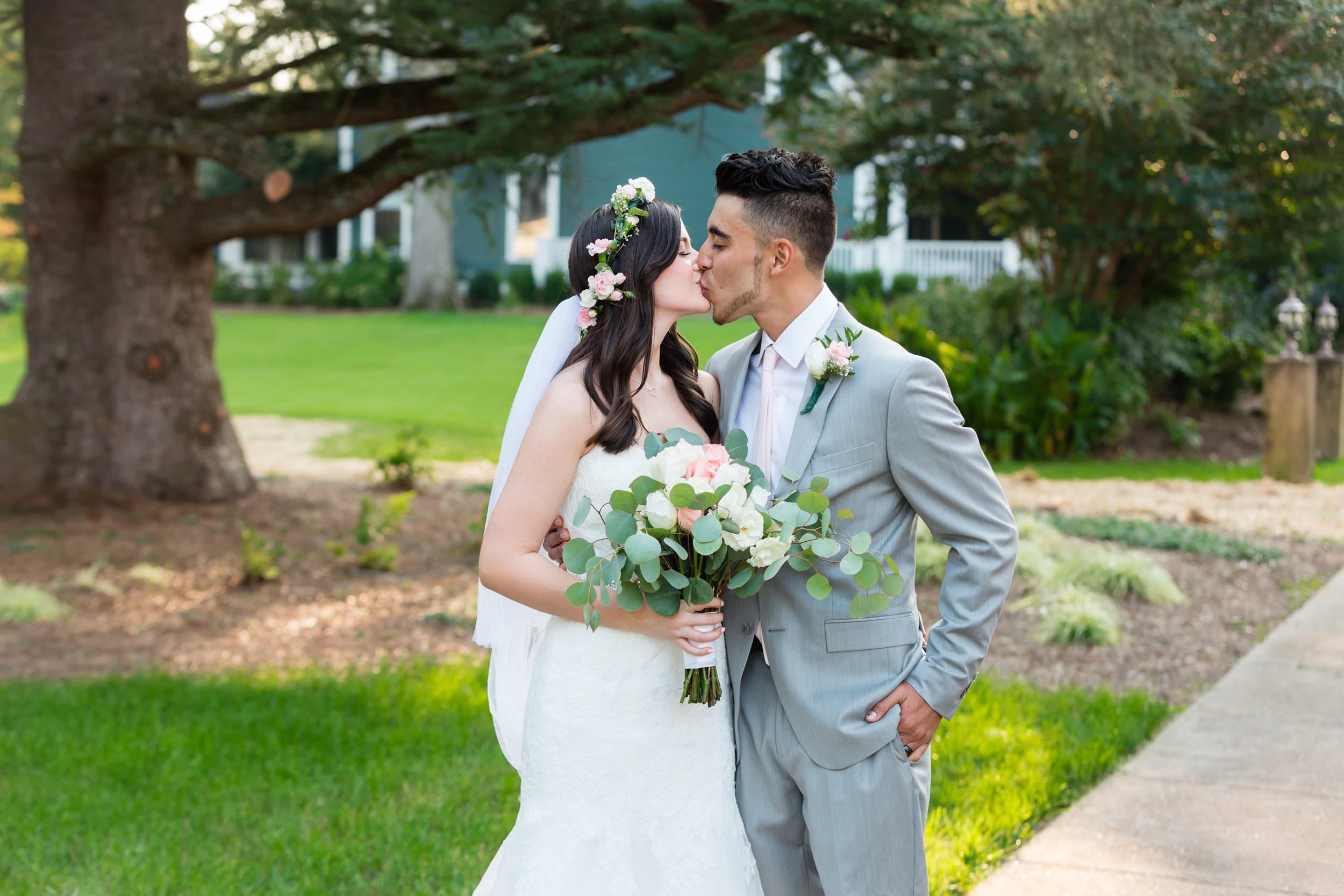Magnolia-House-And-Garden-Wedding033.jpg