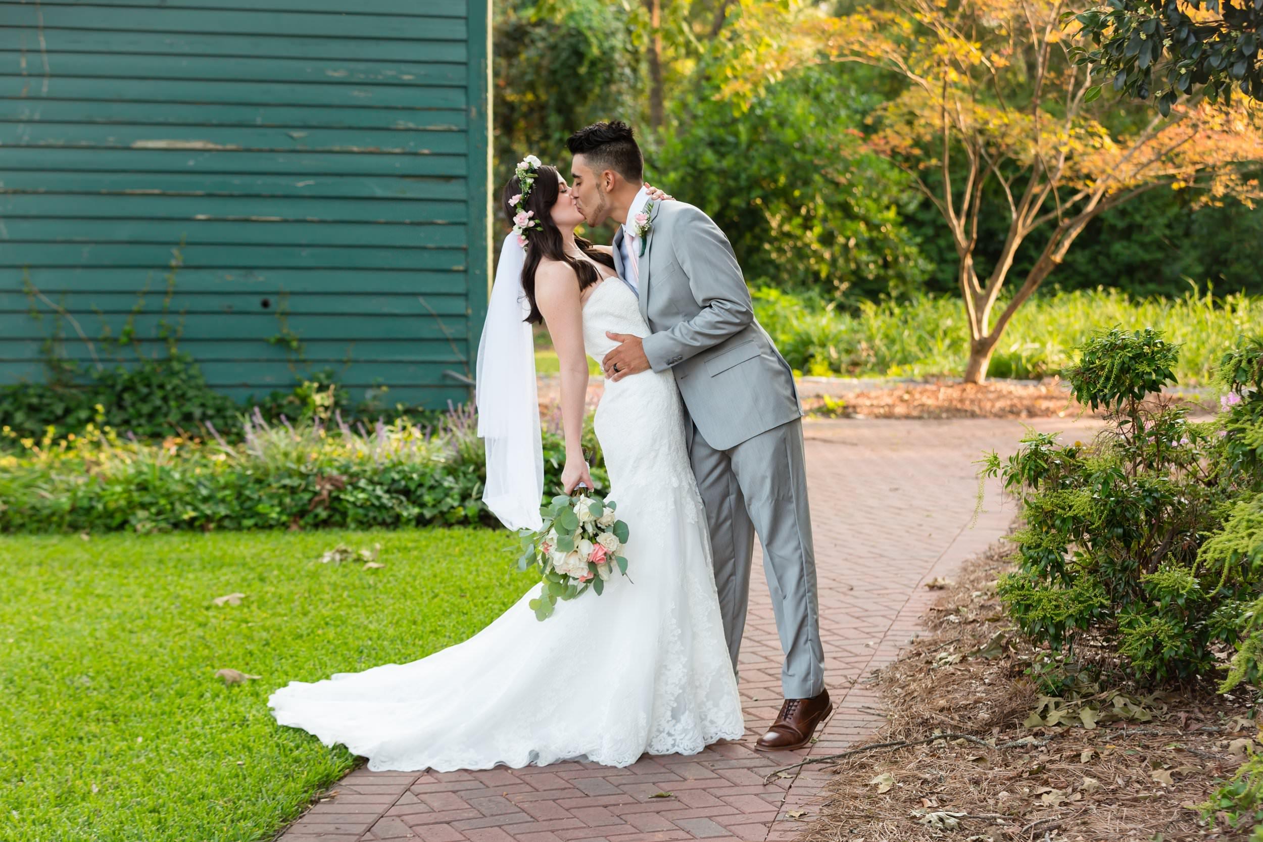 Magnolia-House-And-Garden-Wedding042.jpg