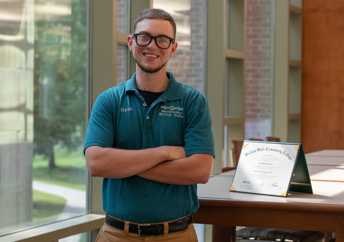 Motlow State mechatronics graduate Ryan Gibson, from Hillsboro, will continue his pathway to a bachelor's degree through the new '2+2' program agreement between Motlow's McMinnville campus and Tennessee State University. Motlow Staff Photo.