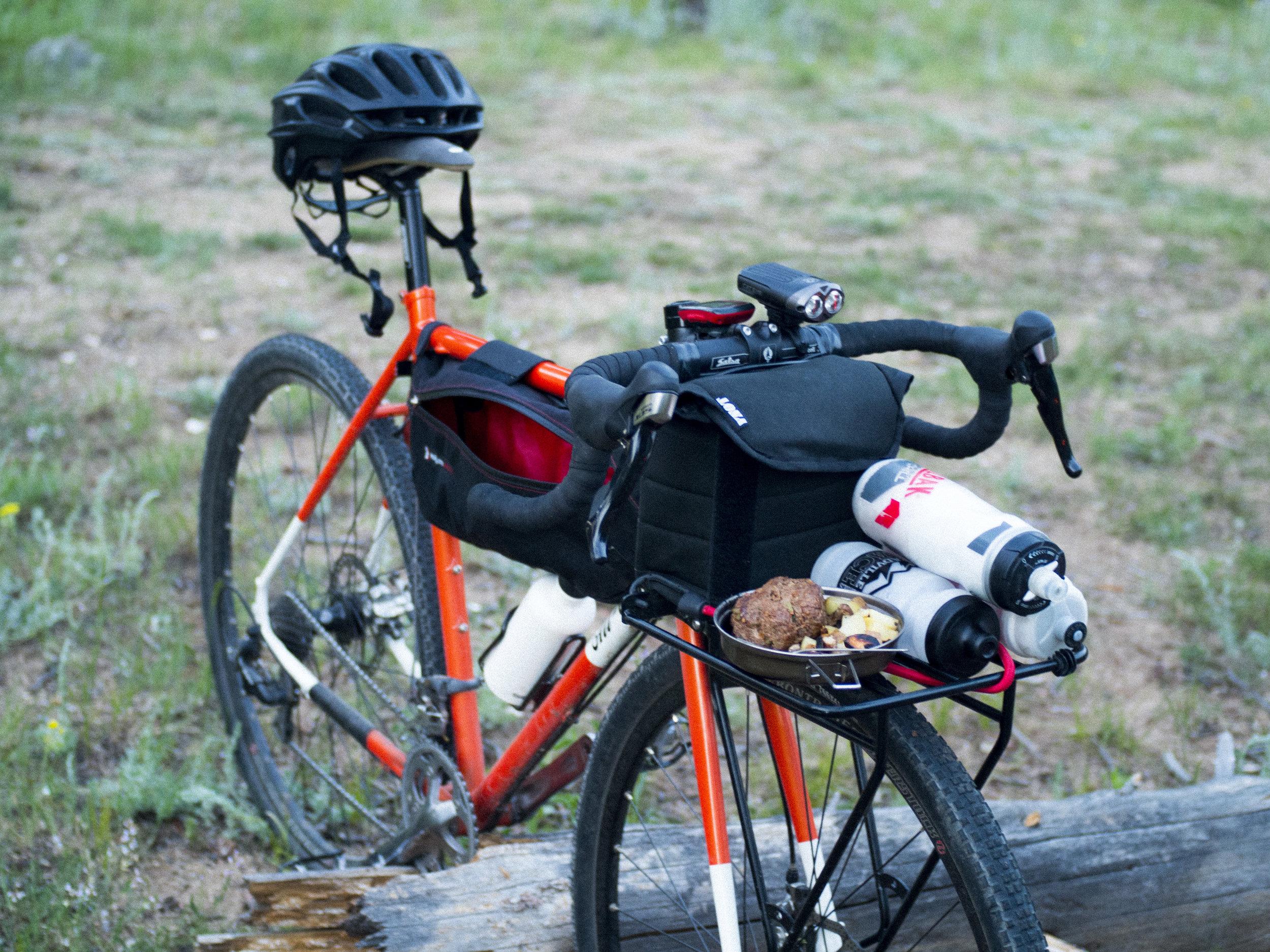 bike-camping_19224466508_o.jpg