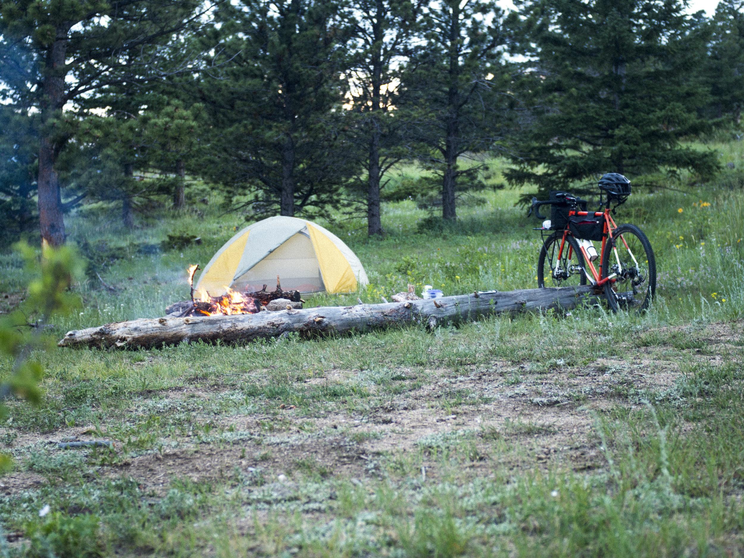 bike-camping_18789535794_o.jpg