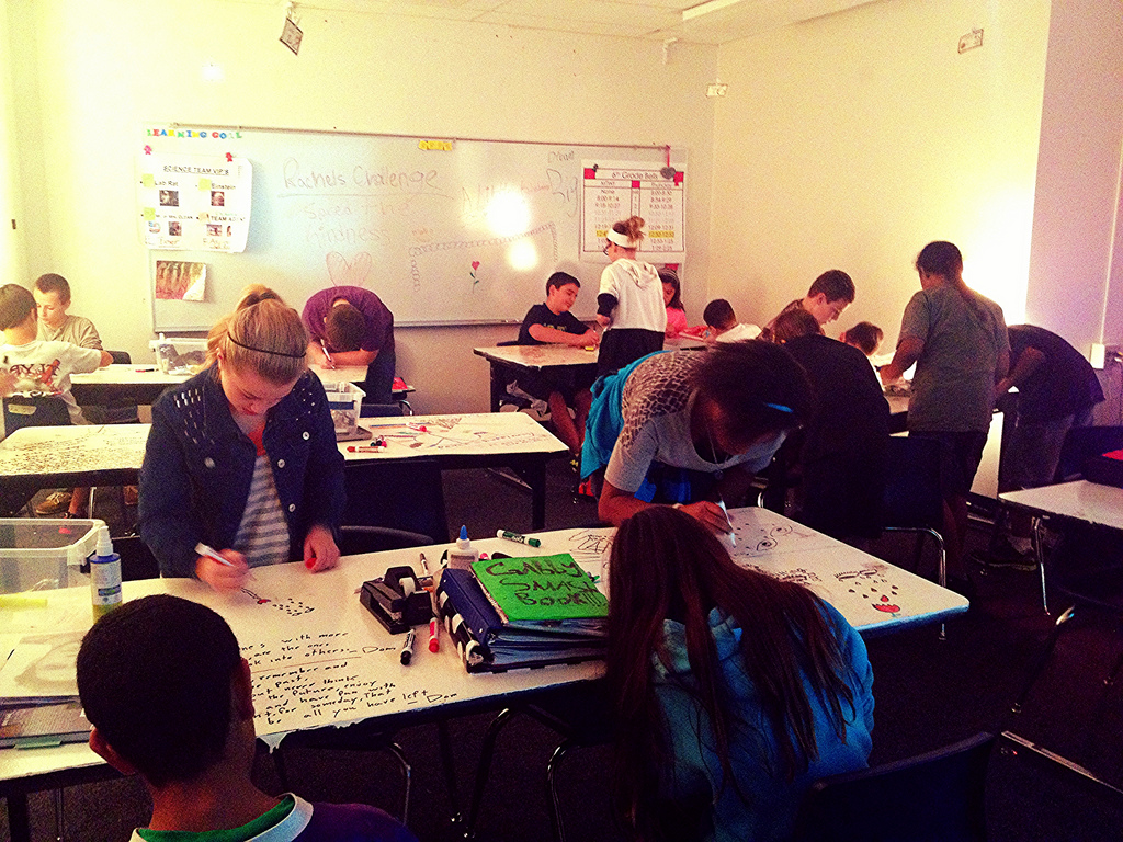 6th-hour-focused-on-expressing-themselves-on-IdeaPaint-tables-Rachel-s_9691501864_l.jpg