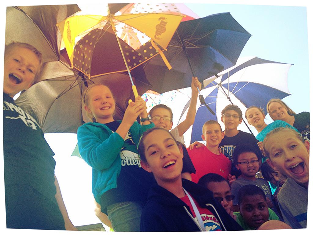 Under-the-Umbrellas-Umbrella-Metaphor-_9688274095_l.jpg