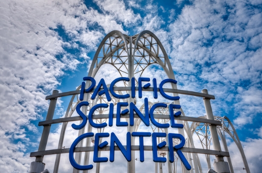 pacific_science_center_seattle_wa_comfort_baby_rentals_trip_travel_vacation_family.jpg