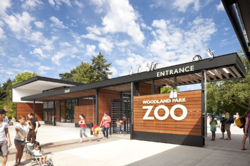 woodland_park_zoo_seattle_wa_comfort_baby_rentals_trip_travel_vacation_family.jpg