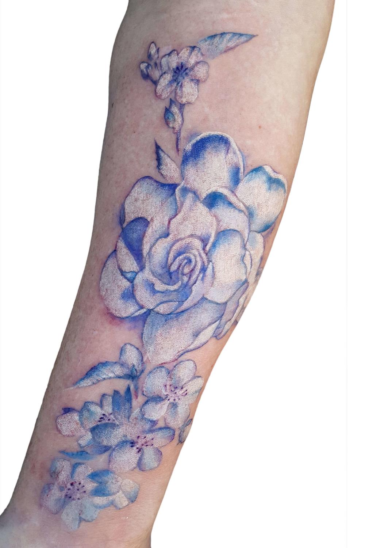 KLOVE floral.png