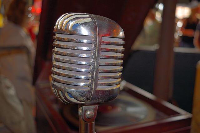 Microphone-DenverAntiques.jpg