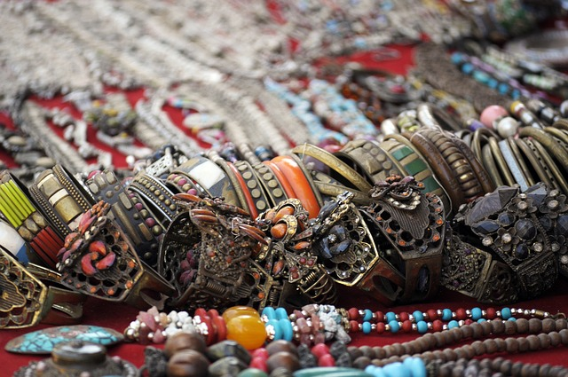 jewelry-834428_640.jpg