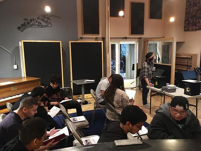 Shoutout to our newest level 1 students at #rytmo, you inspire us to keep going. Let's go tonight!  #tbt #madlove #musictechnology #musicbusiness #songwriters #youngartists #expression #inspiration #educate #equip #inspire #thankyou #supportthearts #creatives #heart #soul #emotion #music #gift #love #blessed