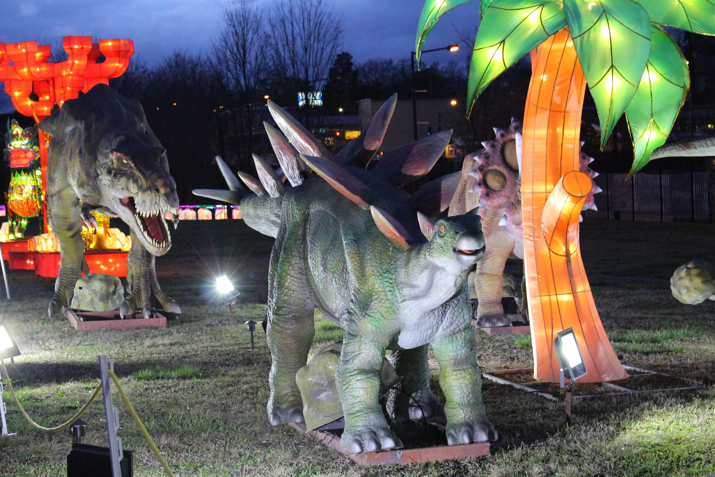 The festival also features animatronic dinosaurs.