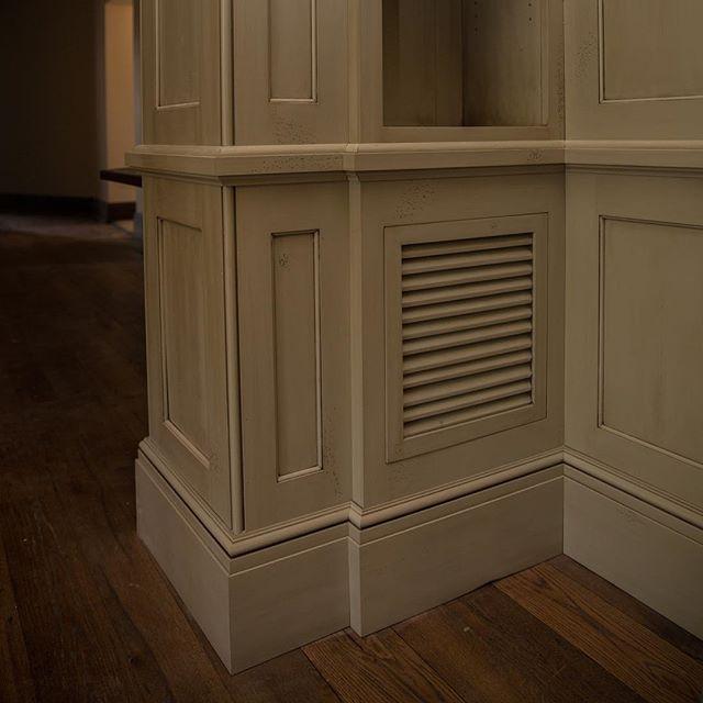 Finished up this amazing room. Pt. 1  #woodworking #interiordesign #design #imac #edges #paint #glaze #layers #color #wood #cabinetry #love #construction #beautiful #base #thecraftsmangroupofalabama #alabama #northalabama #thecraftsmangroup