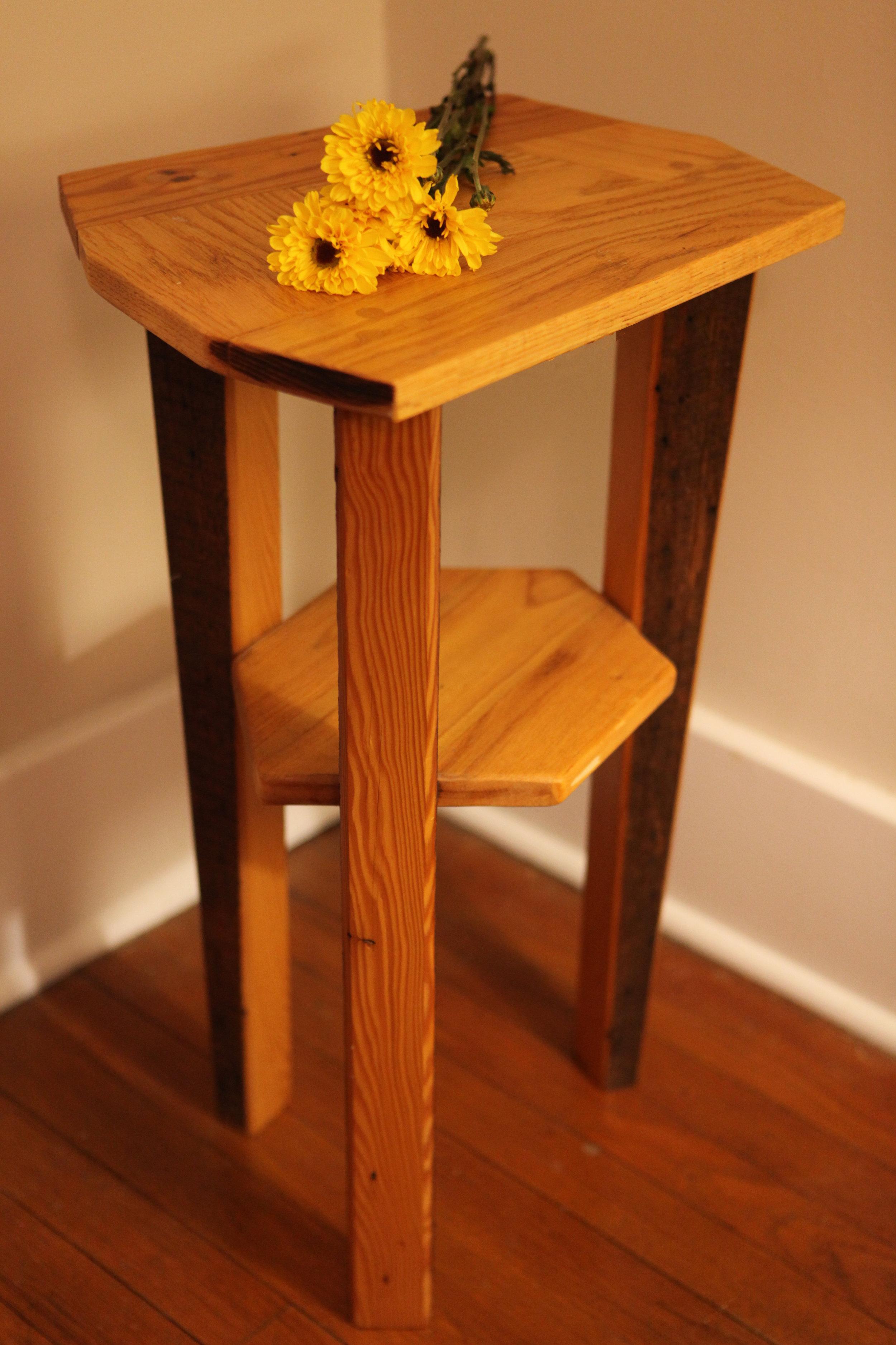 Curio Table-ettes