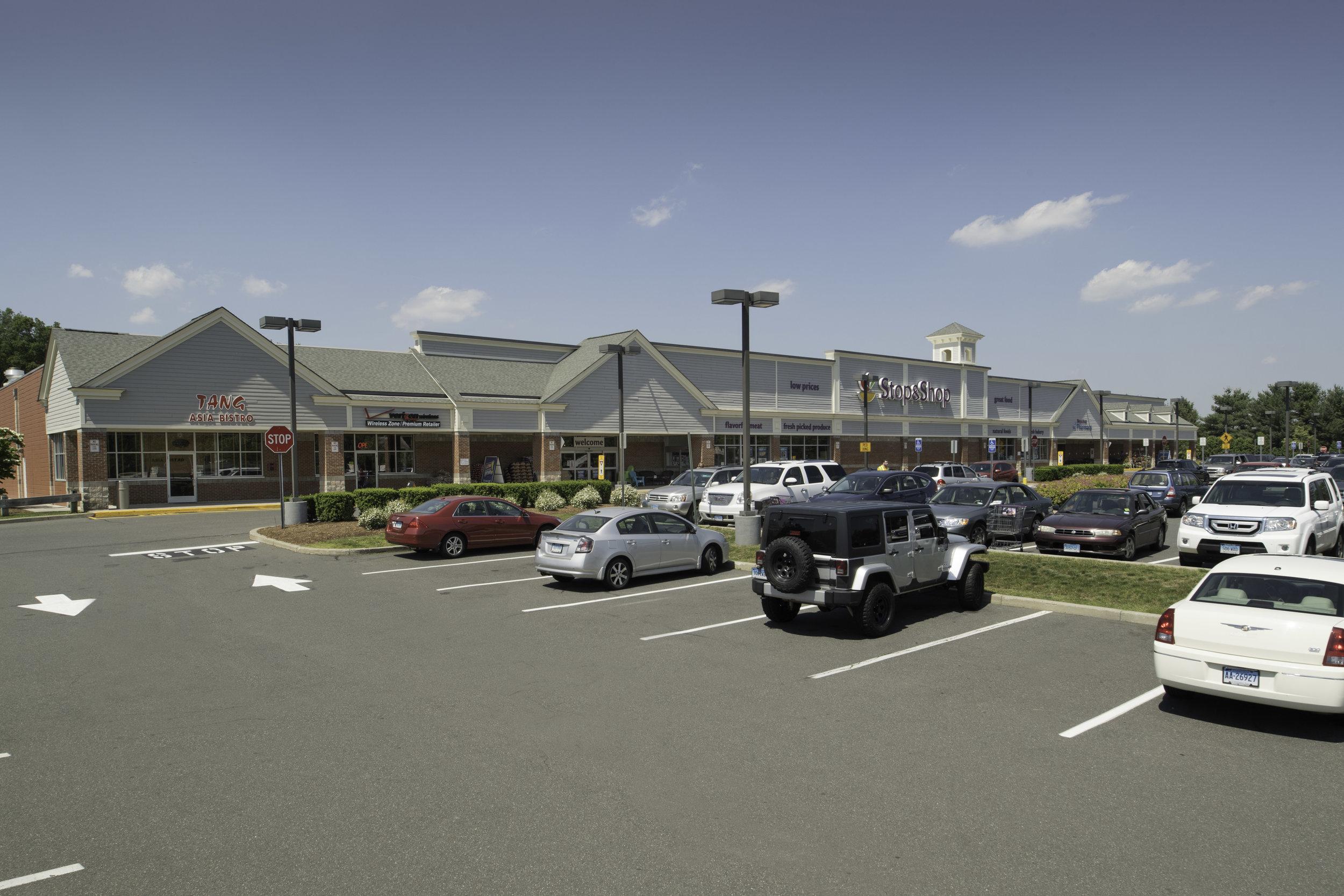CPI East Hampton Plaza_002.jpg