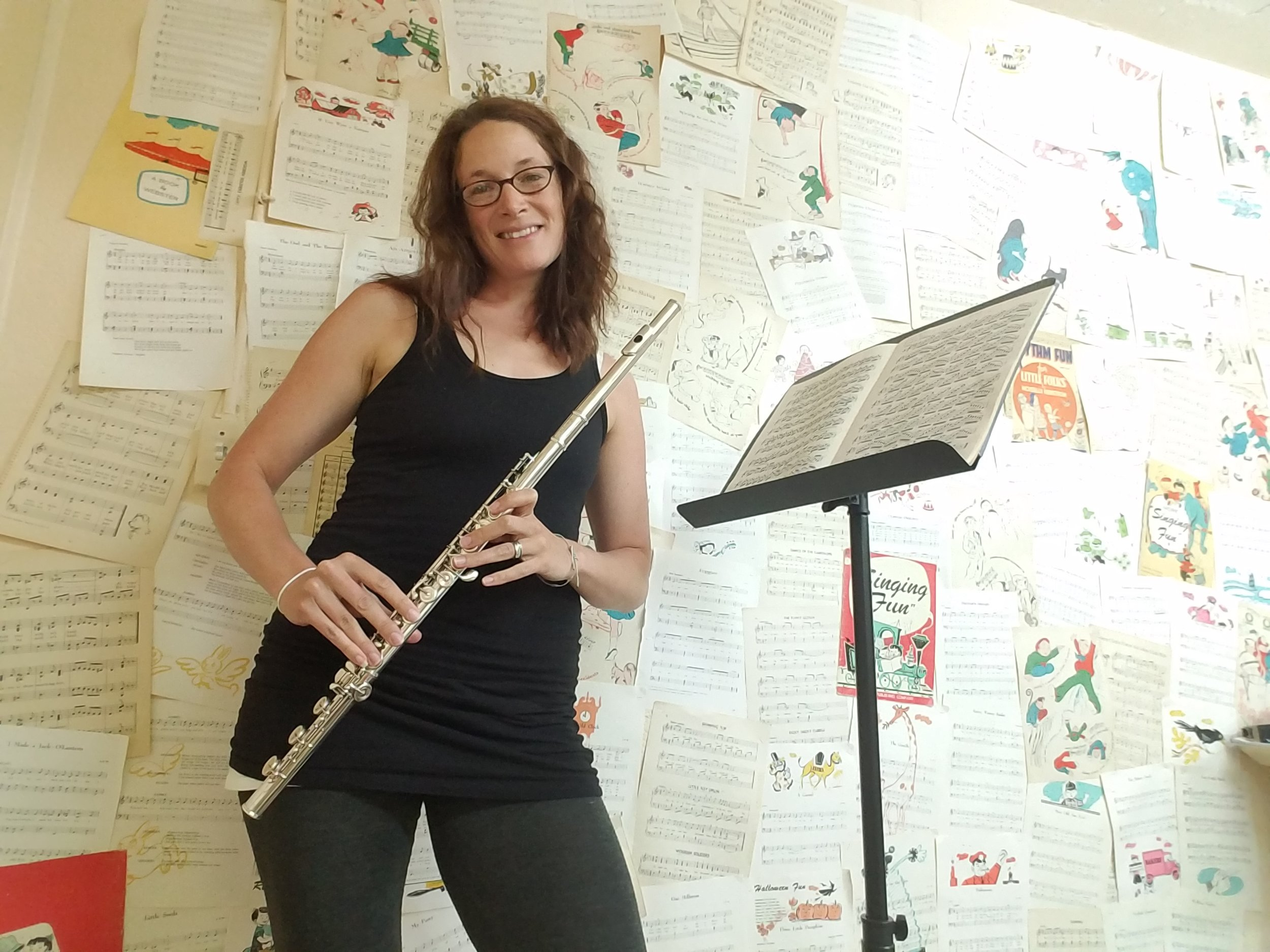 Flute Lessons - From teaching beginning to advanced, Sarah has extensive experiencing in helping students with their tone, breath control, technique and musicality. Students will be taken through the appropriate repertoire, depending on their experience, including being challenged and given ample opportunities to use their musical knowledge through improvisation and theory.Email Sarah at info@songswithsarah.com