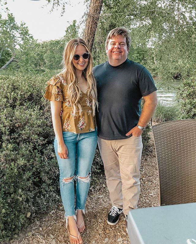 We like to sneak in weeknight dinners at @canoe_atl when they start doing live music on Wednesday nights during the summer. Outdoor bar on the water? Yesssssss! Live music with @jeffdauler? Yes please! #atlanta #atlantarestaurants #bestofatlanta #tradition