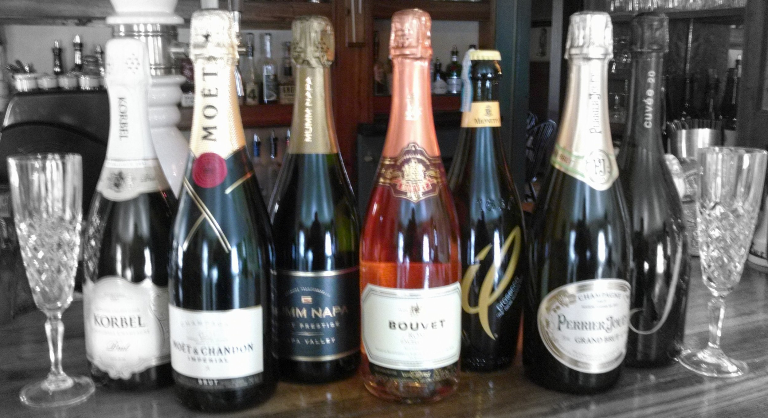 Champagne b & w filtered - Copy.jpg