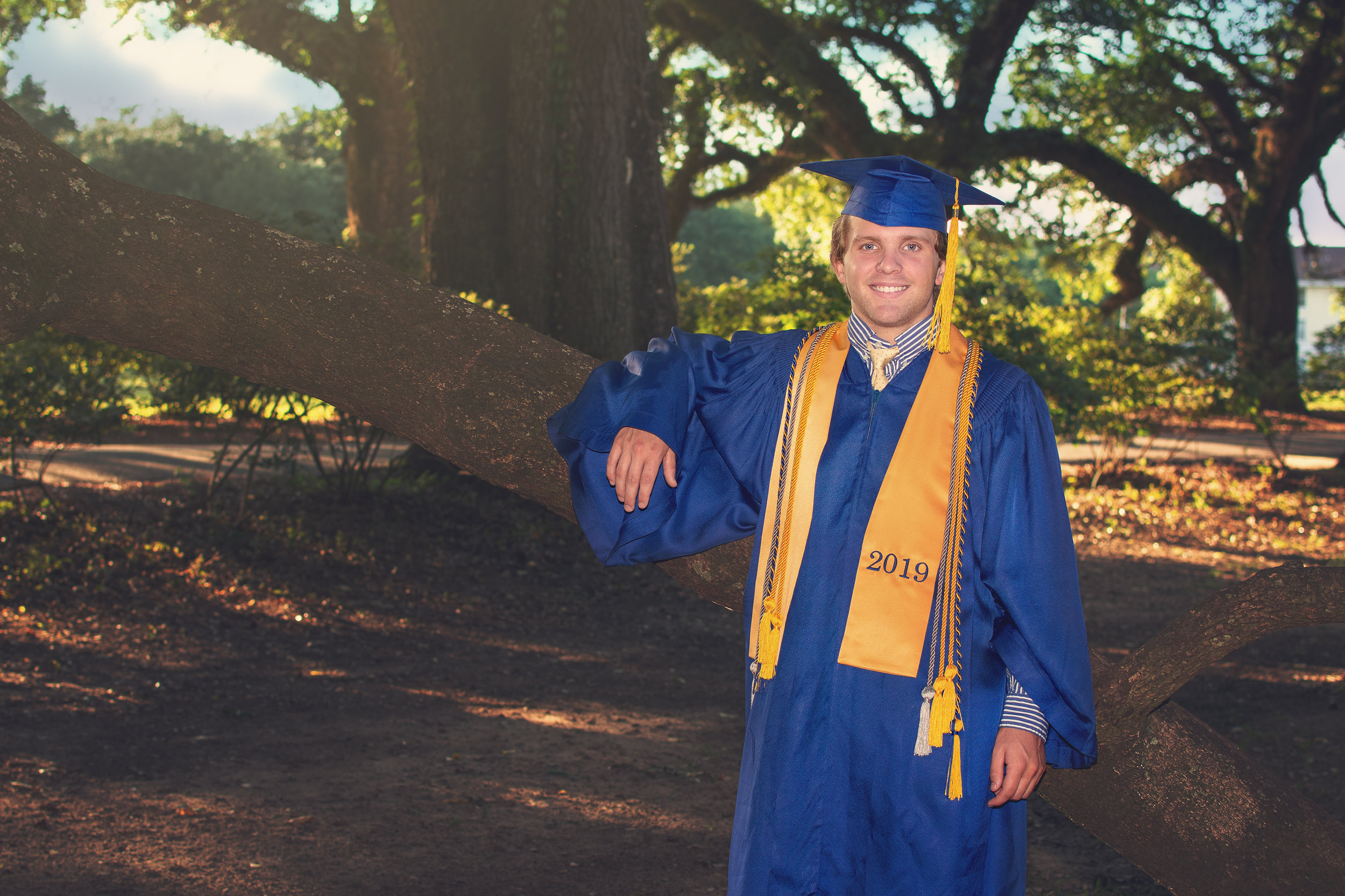 senior portrait cap and gown mobile Alabama