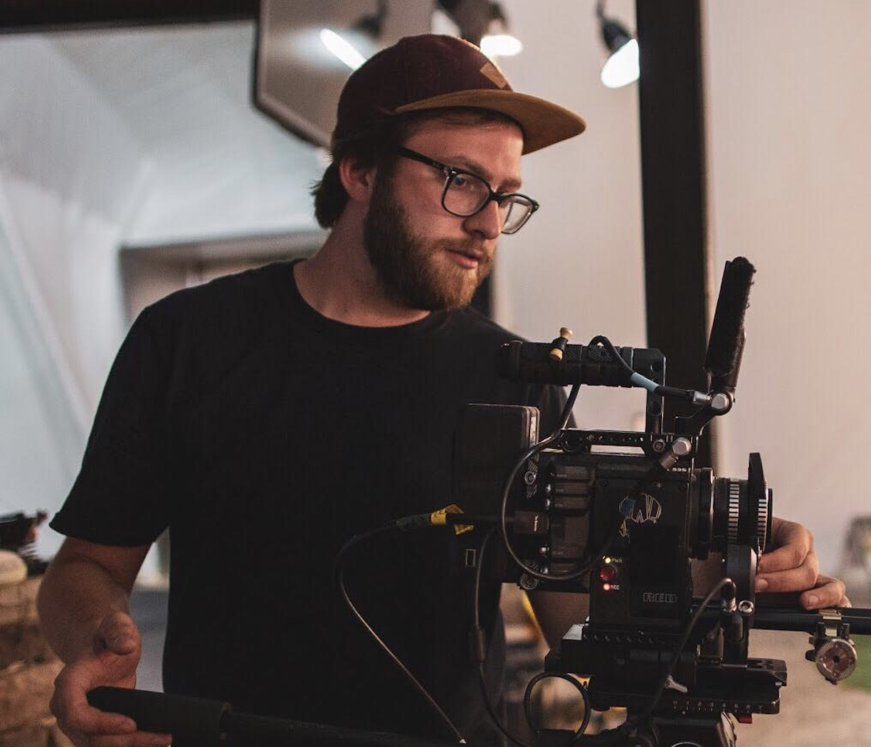 MICHAEL THOMPSON - DIGITAL IMAGING TECHNICIANMichael Thompson is Buffalo based filmmaker. He works in feature, commercial, and reality shows in camera and electrical departments. The Sky Is A Lie was his first full feature film as a DIT.