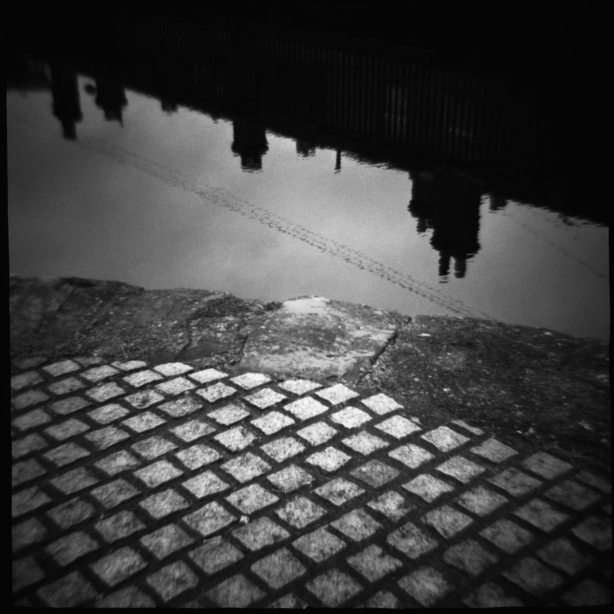 canal cobbles.jpg