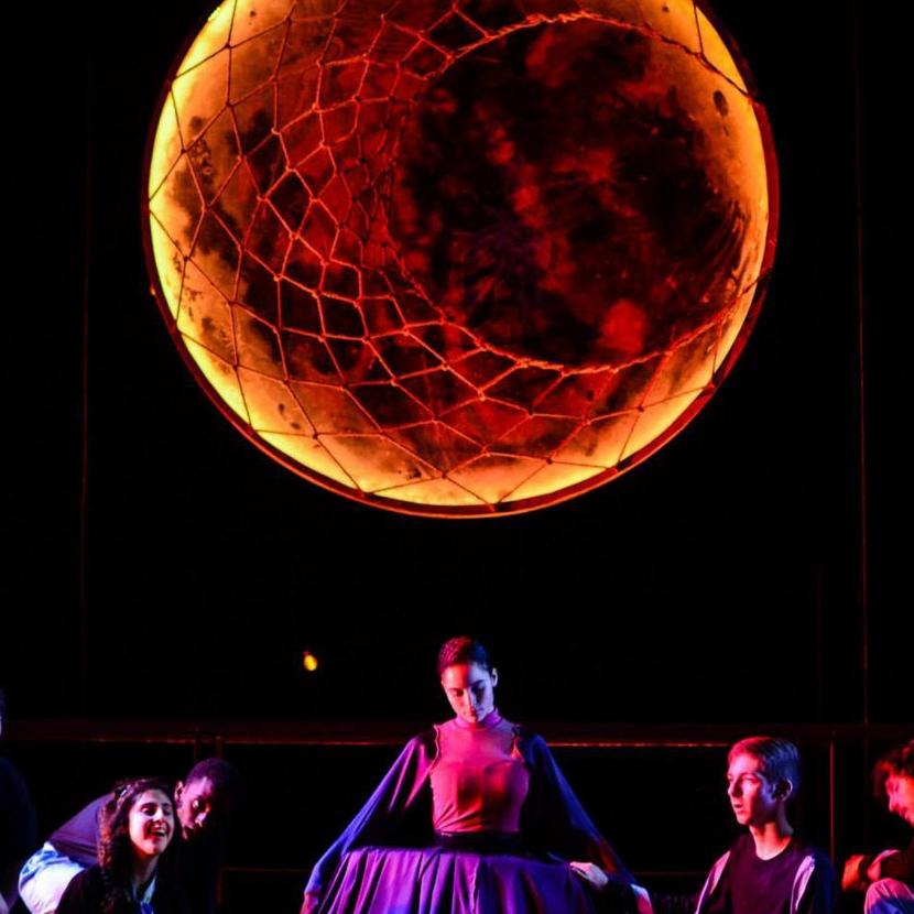 A Midsummer Night's Dream (Theater/Assistant Design & Paint)
