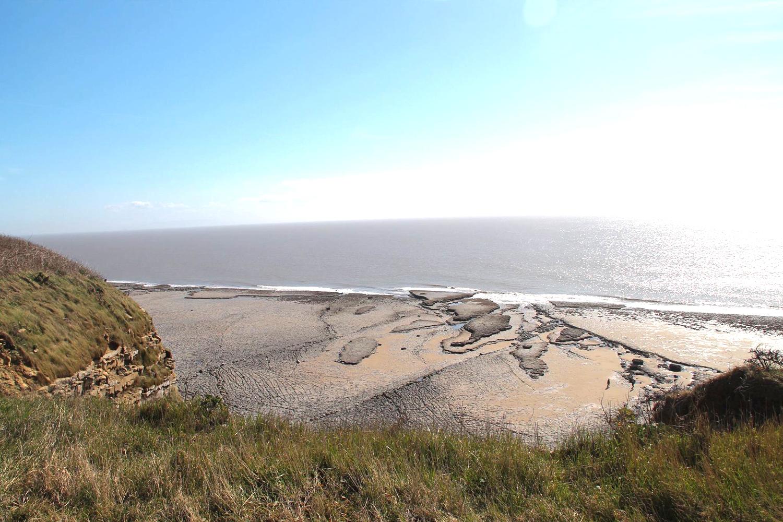 wales-landscape-sea.jpg