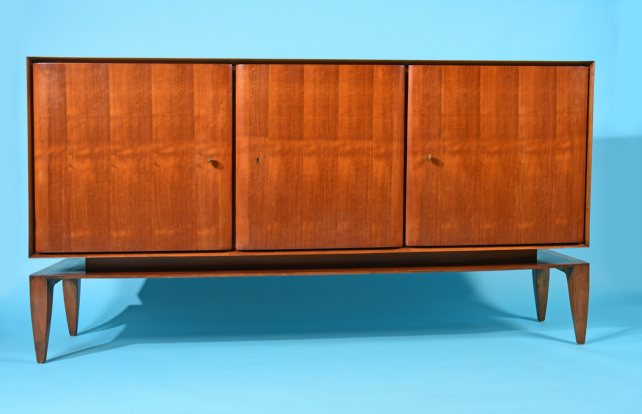 Click here for the Gio Ponti Cabinet, 1950s