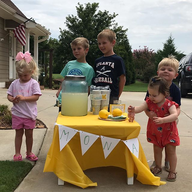 🍋🍋🍋$73.46 was raised for @chosenforlifeministries today from a simple lemonade stand inspired by @thegivingmanger! We are blown away by the friends and family that came out, drank some cold lemonade, and donated! I loved seeing the kids get so excited about sharing lemonade and giving money towards a worth cause. Thank you to each of you who gave to this incredible ministry that supports foster care families and adoptions! • #giveservelove #lemonadestand #takesavillage #adoption #fostercare #community #summerfun #summertime #lemonadebanner #lemonade #lemonade🍋 #georgia #athensiloveyou #chosenforlifeministries