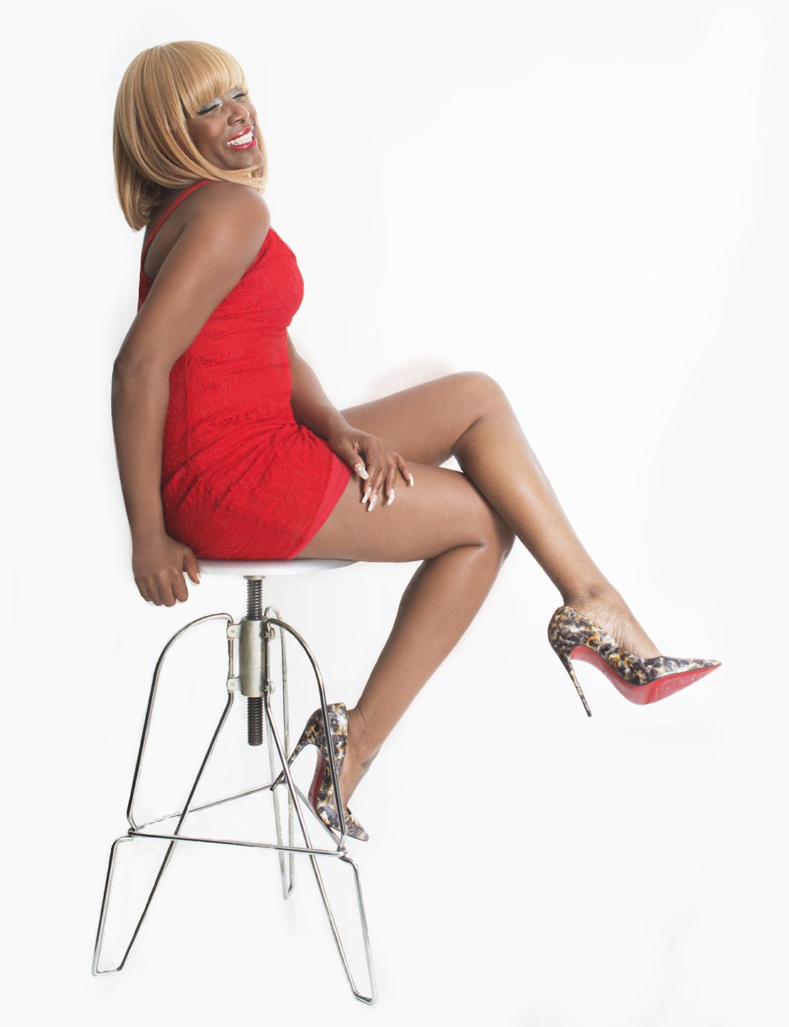 KimberlyDavis_Celebrity_MAY_18_2016_Kimberly_Look119809r SMALLER.png