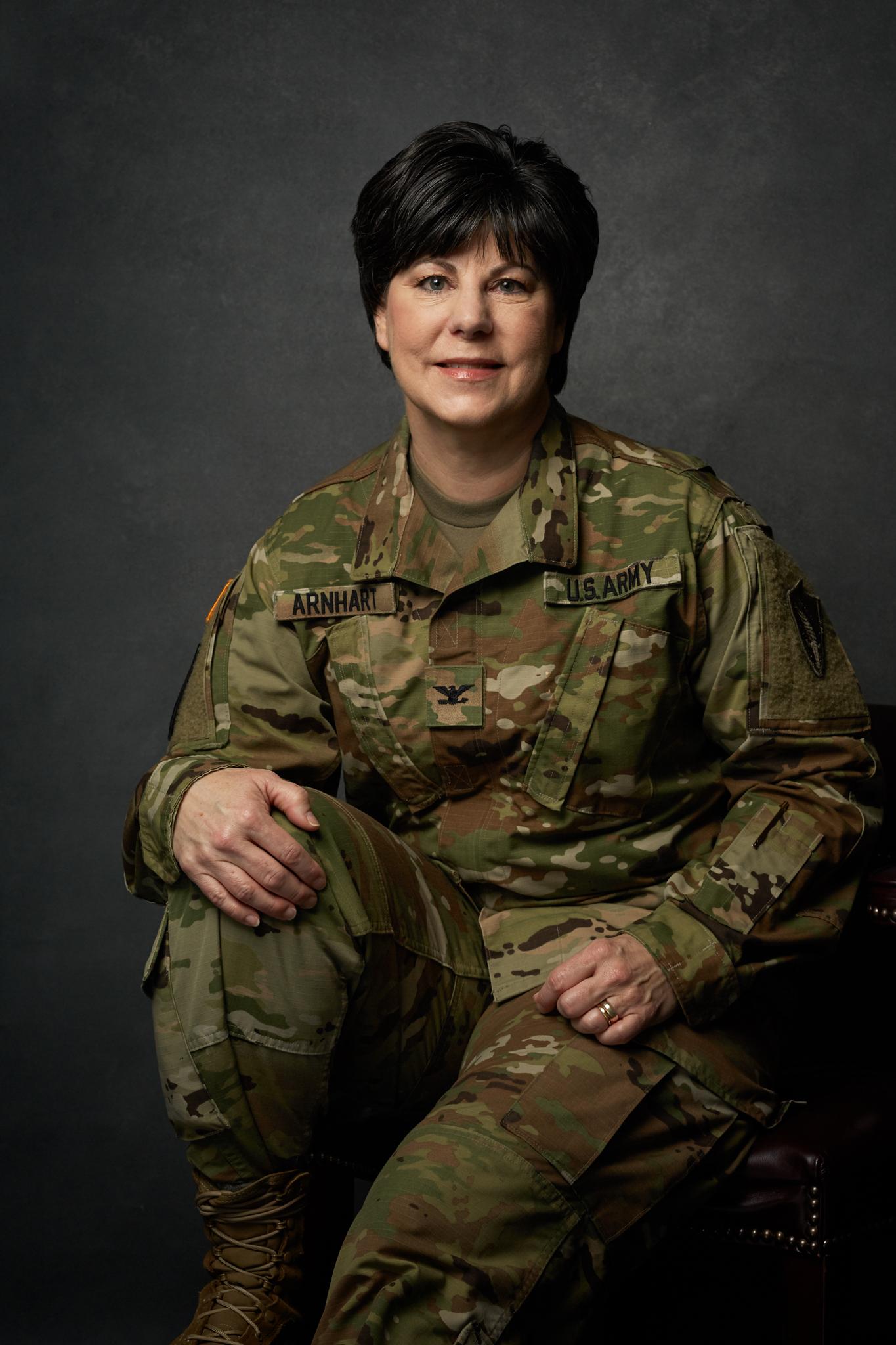 Jenn-McIntyre-Portraits-Lynn-Arnhart-Army4.jpg