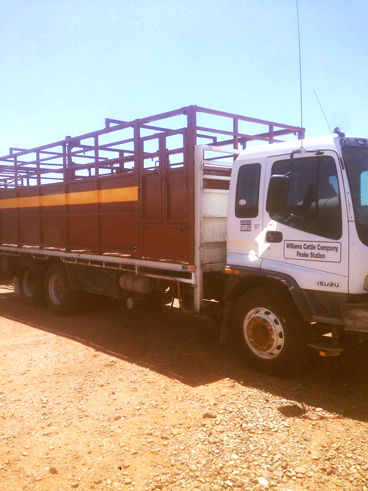 williams-cattle-company-south-australia-cattle-station-sa-plant-and-equipment-the-peake-truck.jpg