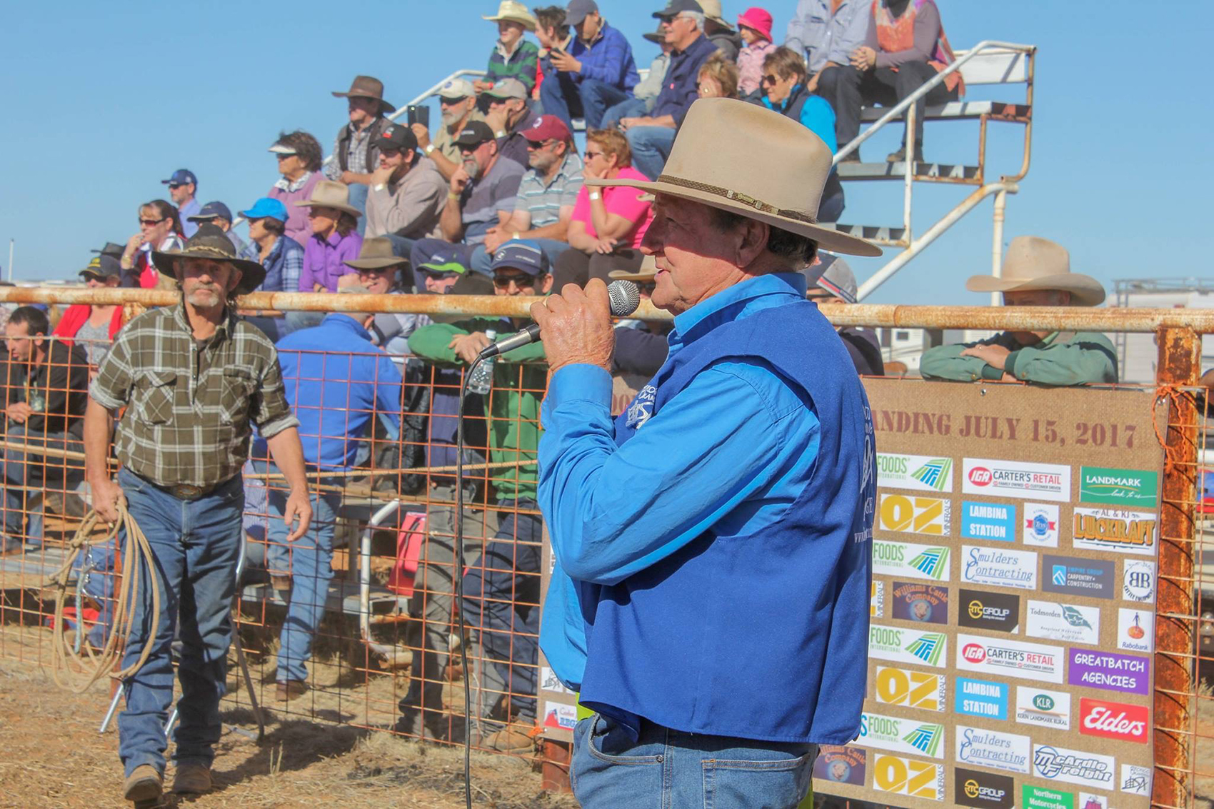 Wayne Williams commentating at the Oodnadatta Bronco Branding