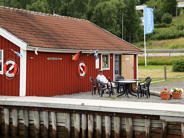 the-sailors-club-house-docksta-havet-7.jpg